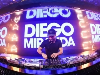 Diego Miranda<br> Face, Guangzhou, China<br>11th July 2015