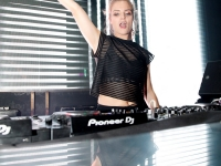 SKY GARDEN presents SOPHIE FRANCIS at Skydome - 16.08.17 (14)